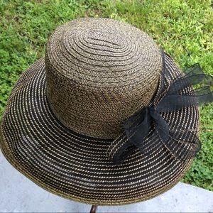 August Elegant Black & Gold Hat